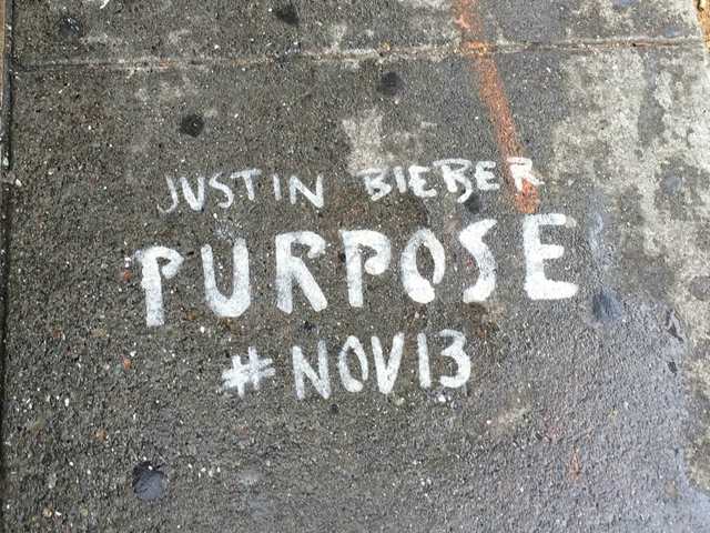 Illegal Justin Bieber graffiti at 550 Divisadero near Bi-Rite. (Photo: Andrew Dudley/Hoodline)