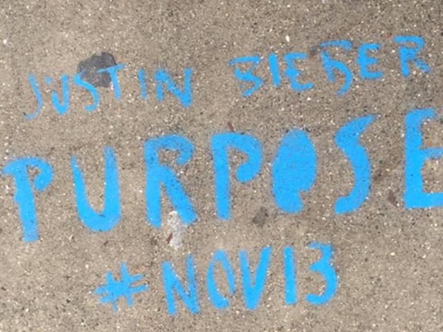 Illegal Justin Bieber graffiti on Valencia Street at 23rd Street (via Twitter, https://twitter.com/kiskerfuffle/status/675377932404043776)
